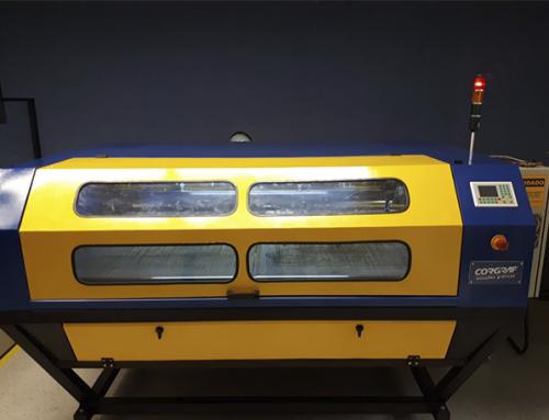 Corgraf adquirenova máquina de corte a laser
